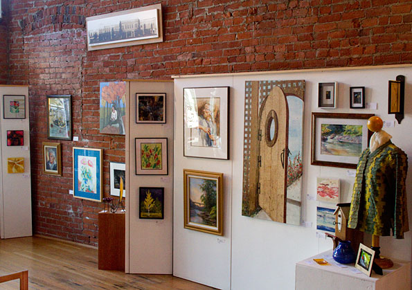 Celebrate the 1st anniversary of our grand opening gallery calapooia